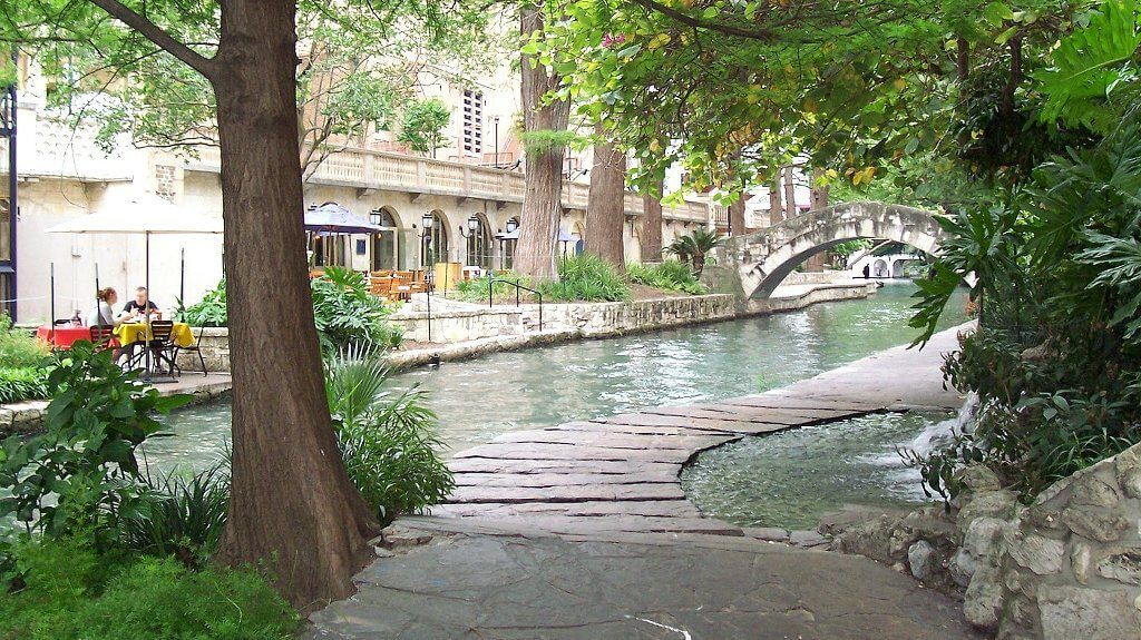 things to do in san antonio - riverwalk